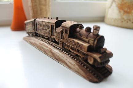 Московский деревянный паровоз